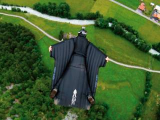 Wingsuit flyer 'streams death on Facebook'