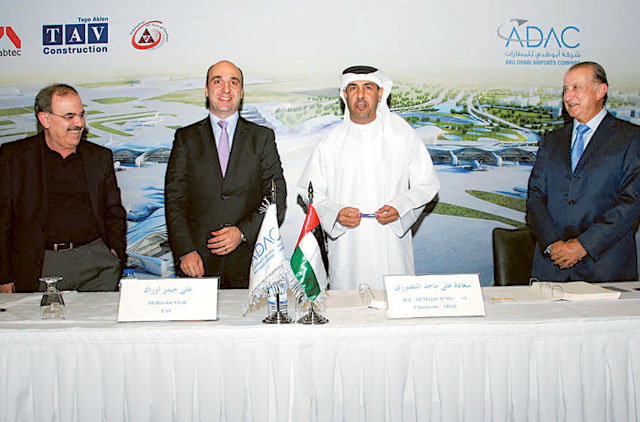 Adac, TAV, CCC and Arabtec officials after the signing of a Dh10.8 billion deal