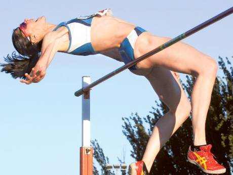 Ruth Beitia competes during the Meeting Madrid 2012