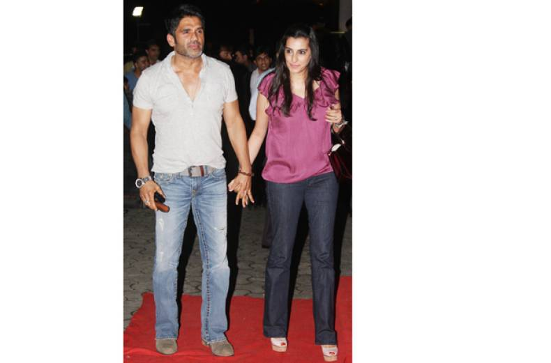 sunil-and-mana-shetty