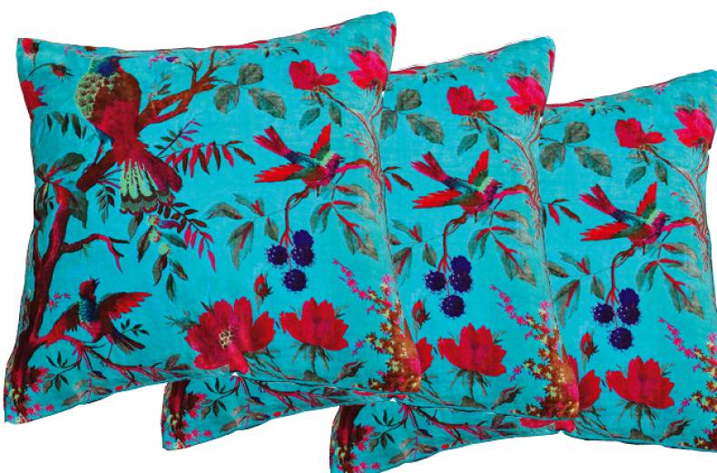 churu-cushion-cover