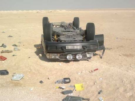 A vehicle overturns on the highway toward Salalah