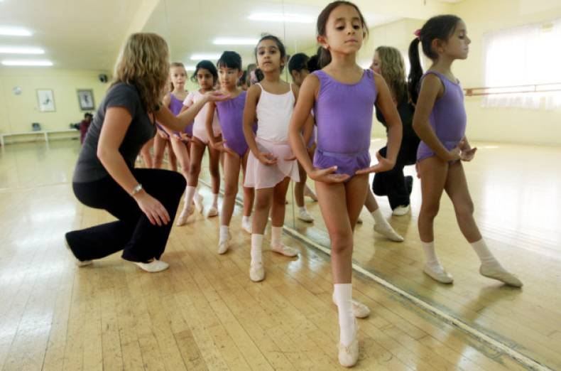 nat-120910-ballet-classes-05