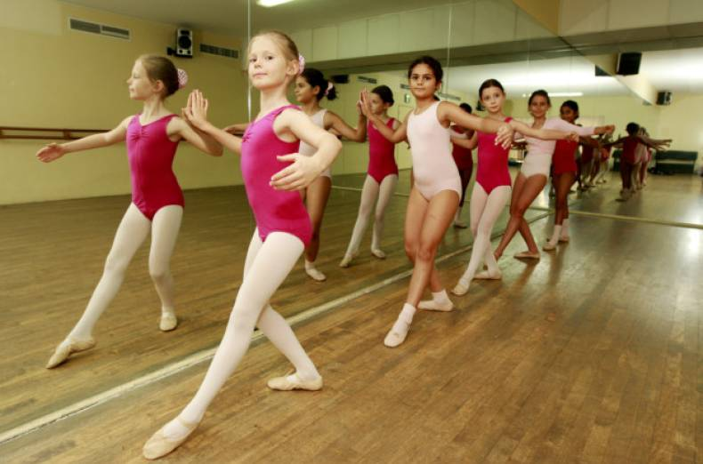 nat-120910-ballet-classes-13-1