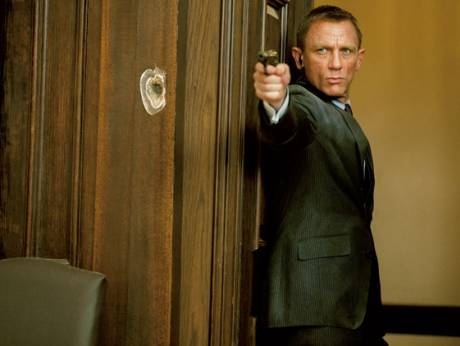 Daniel Craig returns in the latst James Bond film