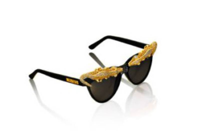 twt-121103-attitude-look4-sunglasses