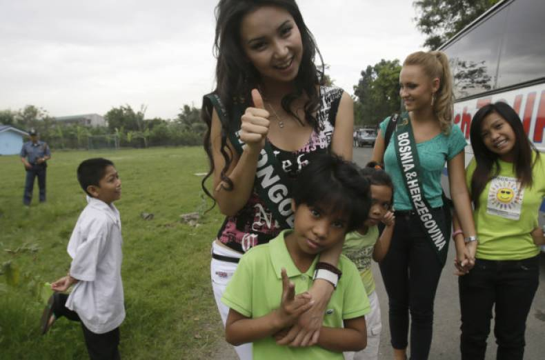 copy-of-philippines-miss-earth-jpeg-05c41