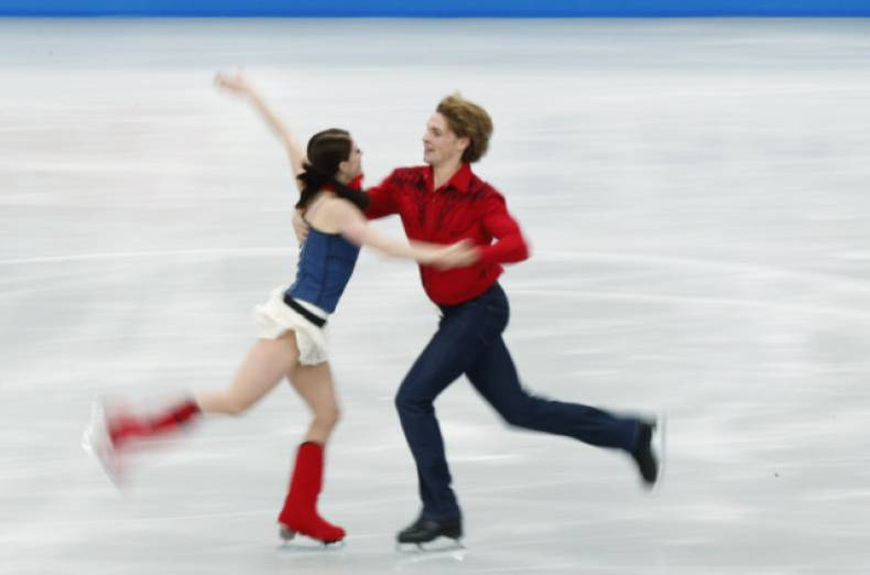 copy-of-sen733-figure-skating-1123-11