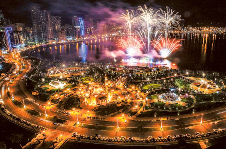 fireworks-at-the-al-majaz-waterfront-in-sharjah-on-sunday-night