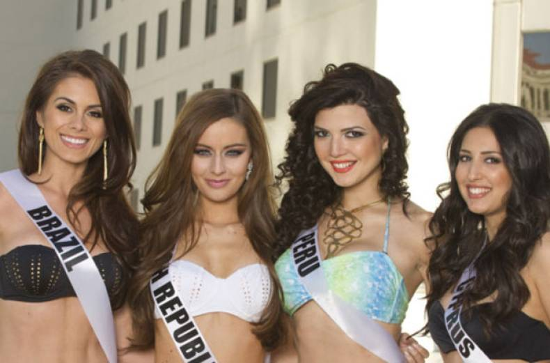 miss-universe-2012-contestants