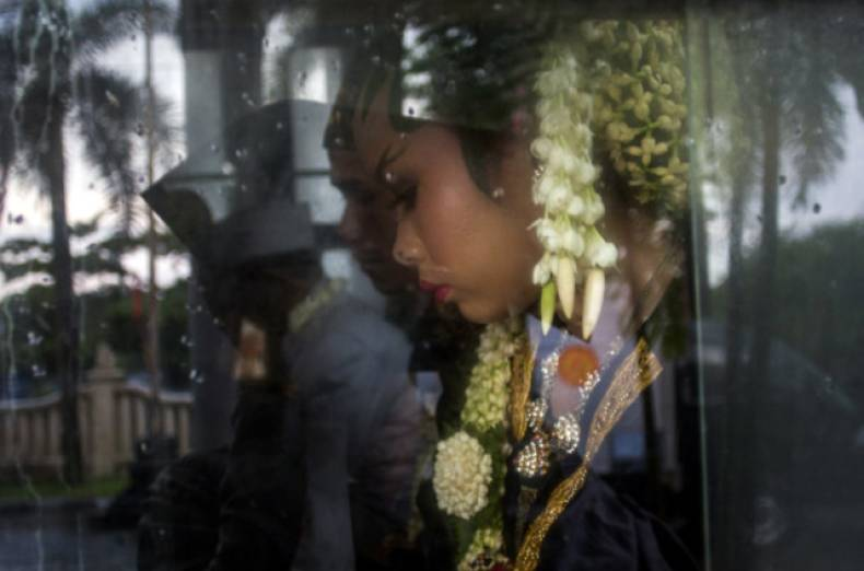 copy-of-indonesia-mass-wedding-jpeg-0178c