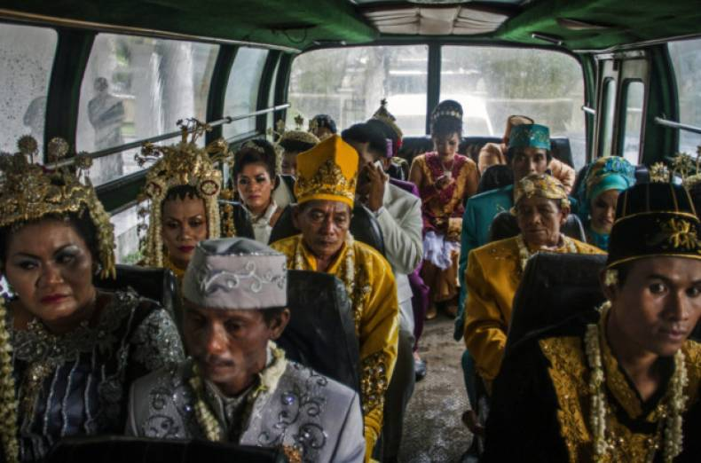 copy-of-indonesia-mass-wedding-jpeg-025e8