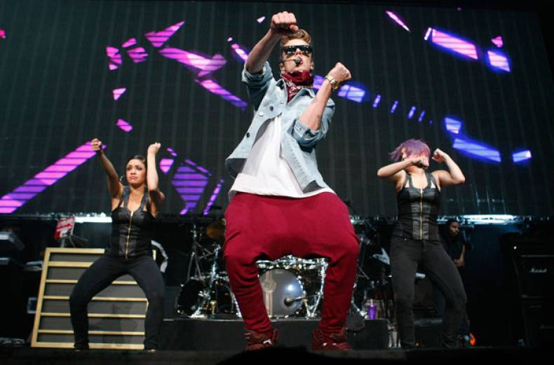 justin-bieber-jingle-ball