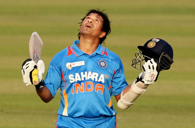 the life and career of sachin tendulkar Although, sachin has not mentioned this even in his autobiography he spent his  formative years in the sahitya sahawas cooperative housing society in.
