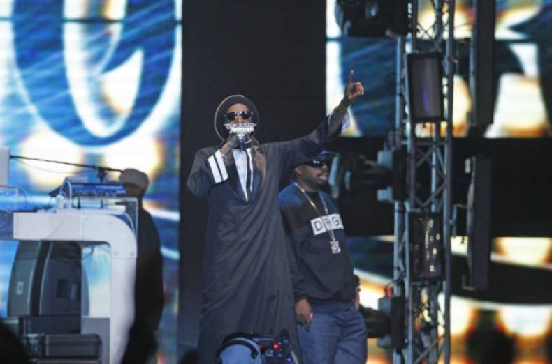 web-121231-snoop-dogg1-jpg