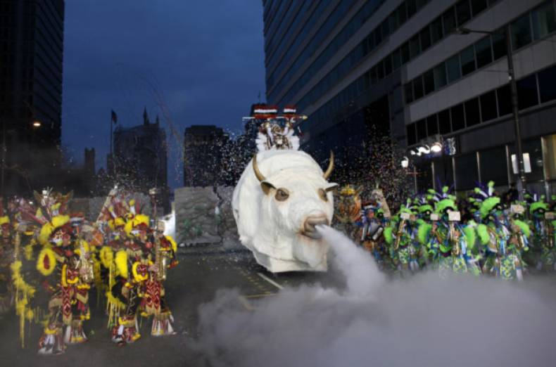 copy-of-mummers-parade-jpeg-00b21