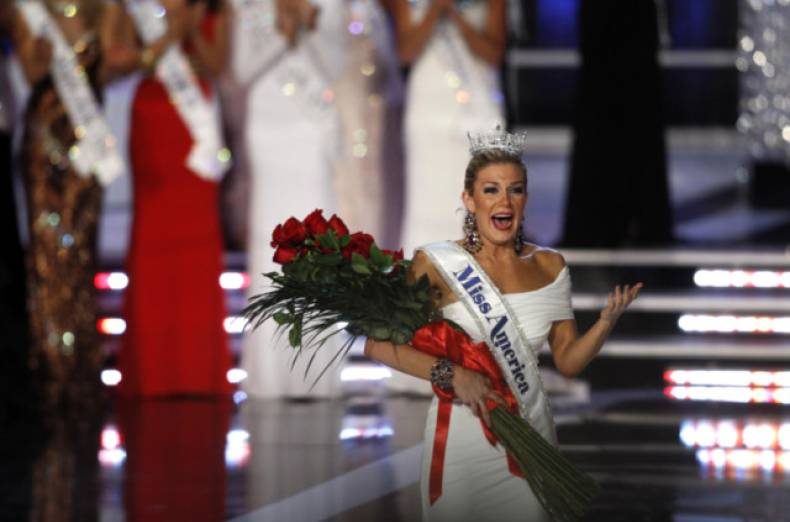 copy-of-lav25-missamerica-0113-11
