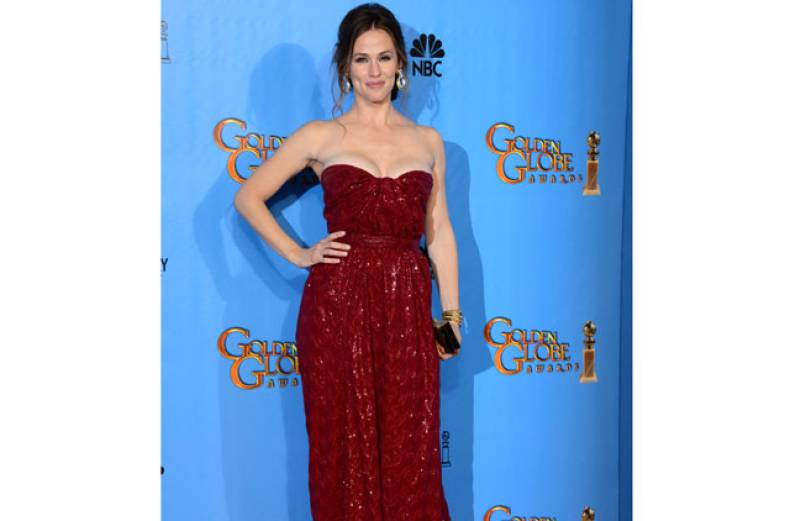 copy-of-70th-golden-globe-awards-press-room-jpeg-050f5