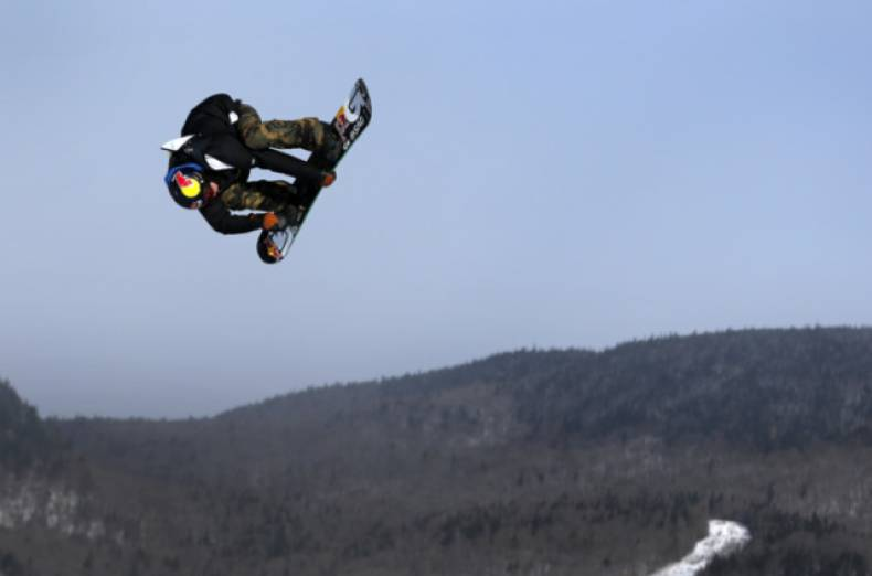 copy-of-que13-snowboard-0118-11