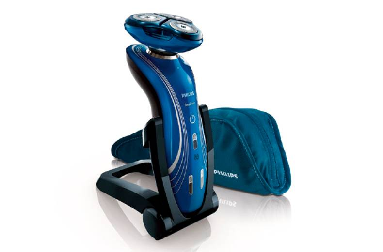 philips-sensotouch-electric-shaver