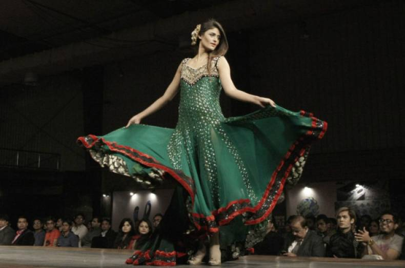 copy-of-pakistan-fashion-jpeg-02ed3