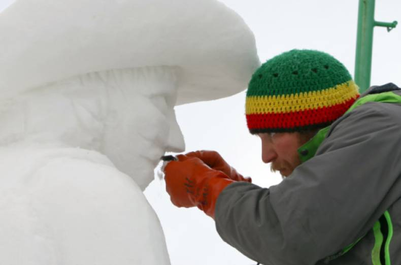 copy-of-breckenridge-international-snow-sculpture-championships-day-1-jpeg-05a0c