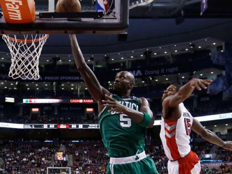 Garnett leads Celtics to Raptors win