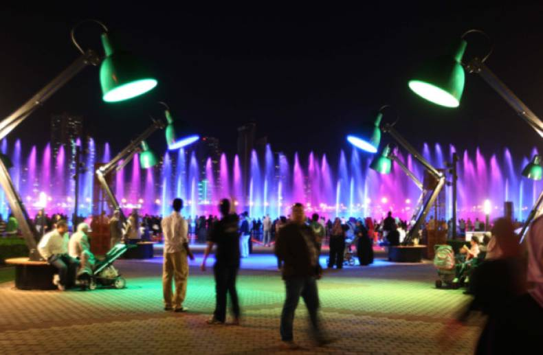 nat-130207-light-festival-atiq24