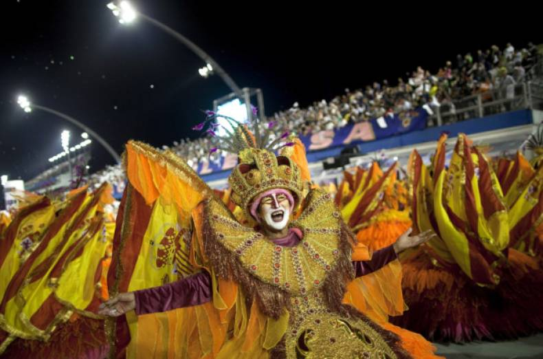 copy-of-brazil-carnival-jpeg-09123