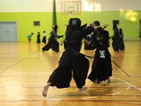 Kendo practitioners in action