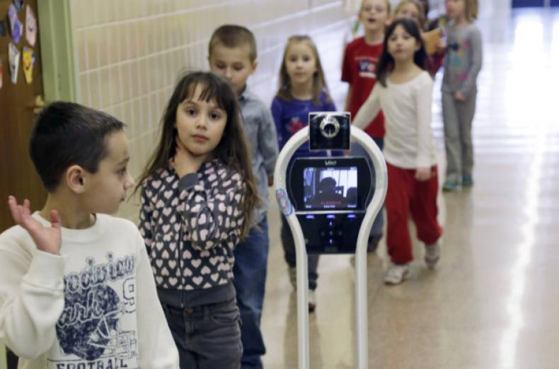 copy-of-robot-in-school-jpeg-0b3f4-2-1