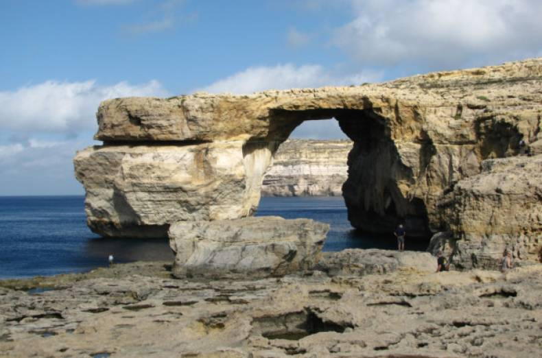 twt-ex-malta-azure-window-md
