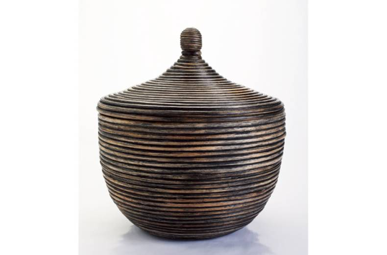 lidded-basket