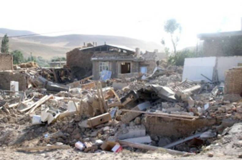 copy-of-ira01-iran-quake-0409-11-2