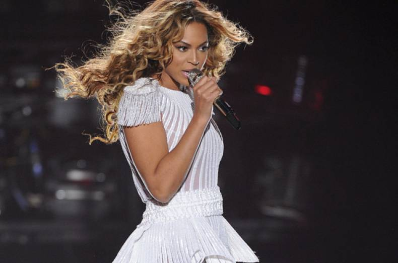 copy-of-the-mrs-carter-show-world-tour-2013-belgrade-jpeg-06091