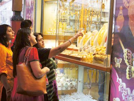 UAE jewellery buyers told: Don't put all money in gold