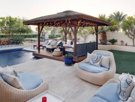 Arabian Ranches garden ultimate place to unwind