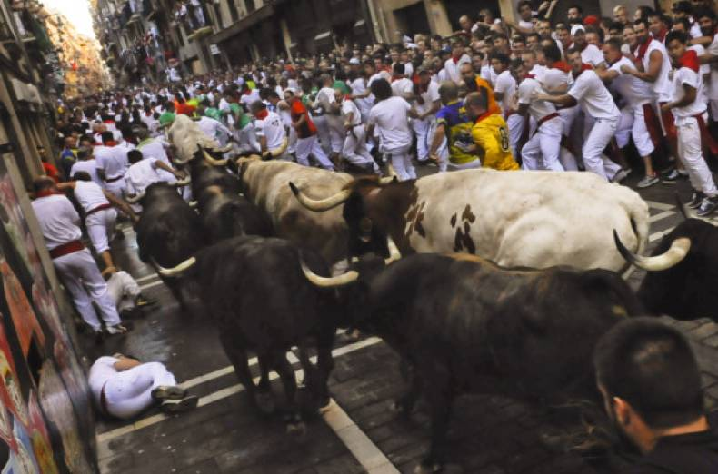 copy-of-spain-san-fermin-jpeg-0c101