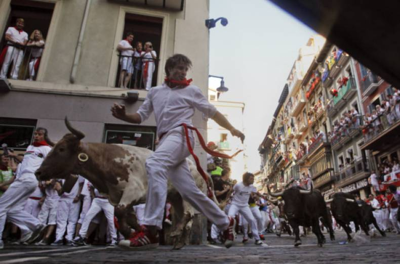 copy-of-spain-san-fermin-jpeg-0e4c8