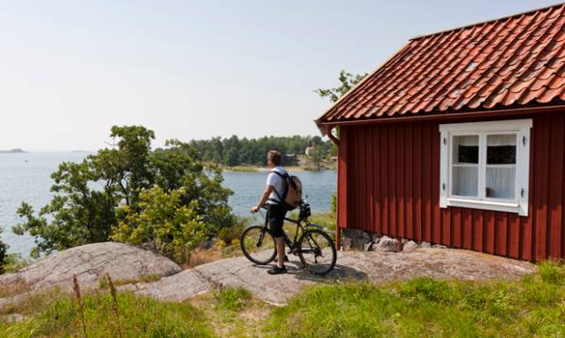 Biking in the Stockholm archipelago