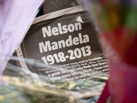 nelson mandela hero of the apartheid Apartheid after 27 years in prison nelson mandela was freed in 1990 and negotiated the end of apartheid in south africa bringing peace to a racially divided country and leading the fight for human rights around the world.