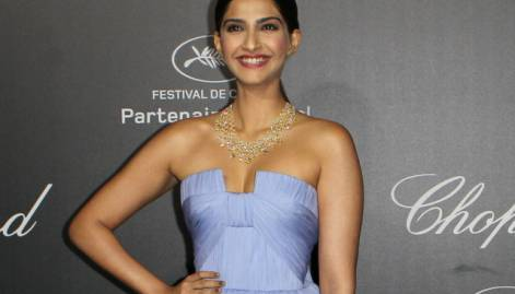 Bollywood beauties dazzle at Cannes