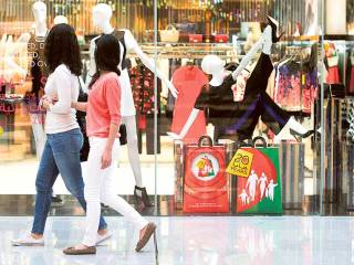 Visitor fined for cross-dressing in Dubai Mall