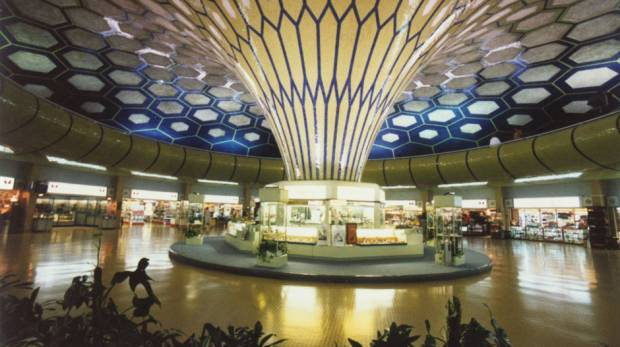 Abu dhabi international airport auh airlines terminals for International decor company abu dhabi