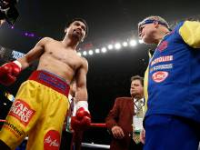 Pacquiao reveals right shoulder injury