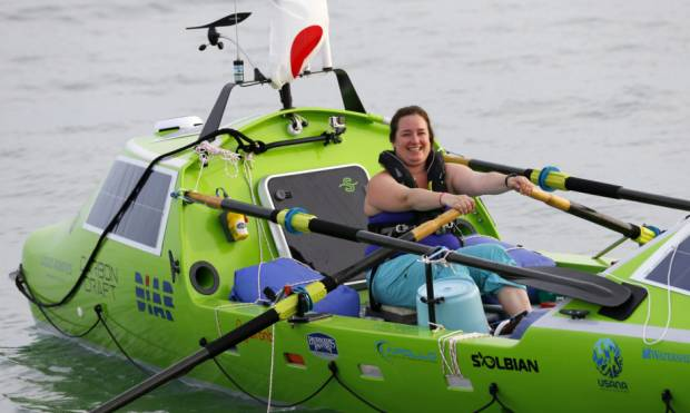 Woman rows solo across Pacific