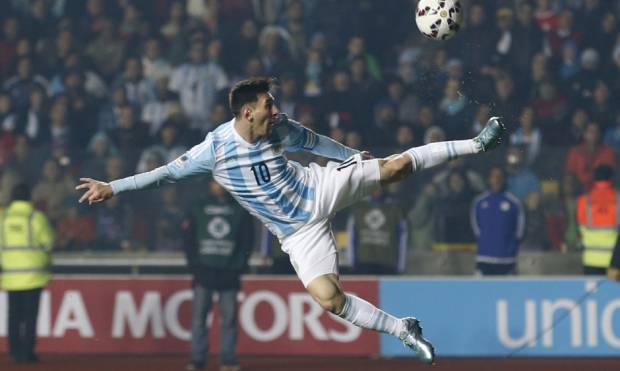 Pictures: Messi and Argentina thrash Paraguay