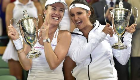 Sania-Martina clinch Wimbledon crown