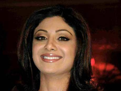 shilpa shetty gets first tattoo. Black Bedroom Furniture Sets. Home Design Ideas