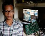 US 'clock boy' seeks Dh55m and apology
